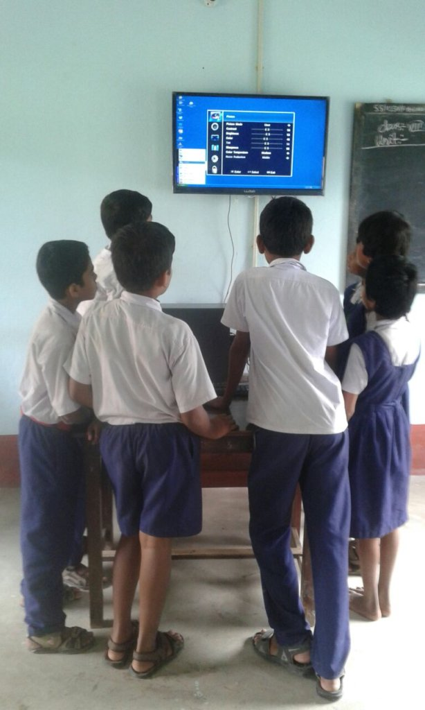 Access to Knowledge through Computer Education