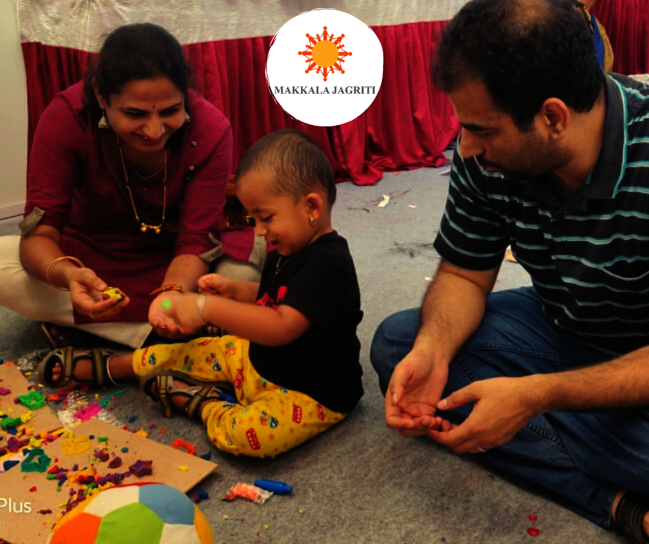 Parents experiencing teaching their child @ Habba