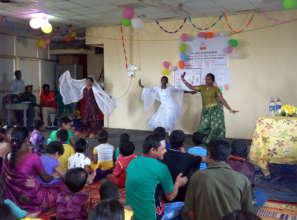 Staff entertain the children1