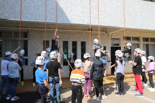 High-rope activity_Youths Adventure Trip