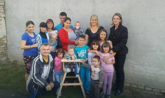 Mile visiting family with 11 children