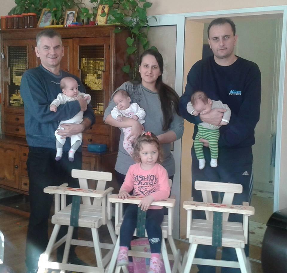Free baby feeding chairs