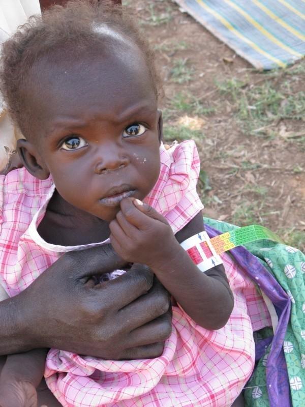 Bring food to war-affected children in Uganda