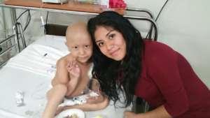 4-year-old leukemia patient, Gabriela & her Mom