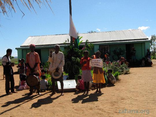 Elders in Fiadanana formally thanking GlobalGiving