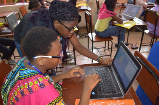 Girls at work at the 2016 W.TEC Girls Tech Camp