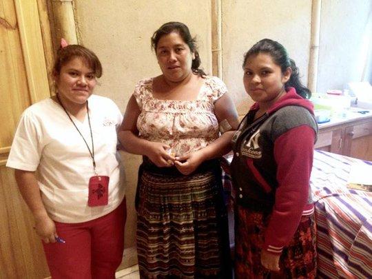 Nurse Claudia with patients, San Pablo