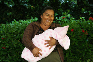 Woman with her child at Antigua clinic