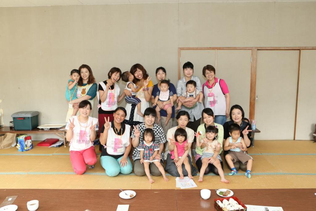 Children and mothers with Mammaru Mom Iwate