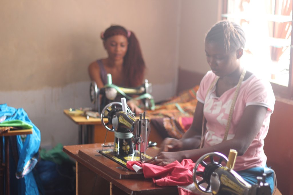 Girls in tailoring school