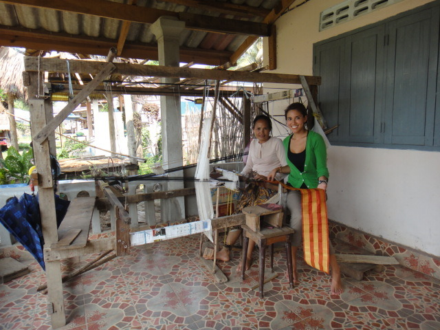 visiting the first SEDA weaving participant