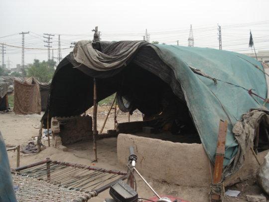 Cloth tent