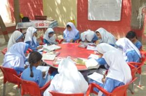60% student study under sky, No classroom