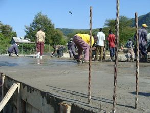 Laying the ferrocement foundation of the Ekialo Kiona Center
