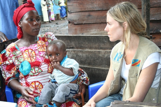 Emergency food and health care for war-torn DRC