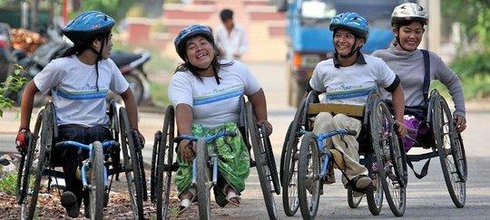 Women's Wheelie Team on the Move