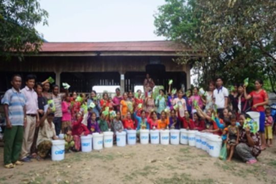 Distribution of seeds and buckets