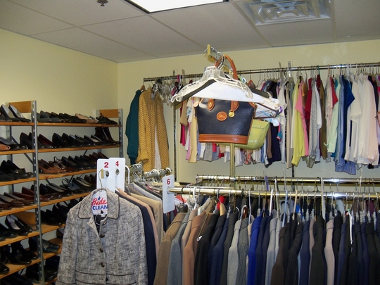 WEN's Clothing Bank