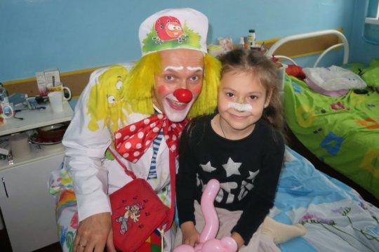 Support Hospital Clowning in Ukraine!