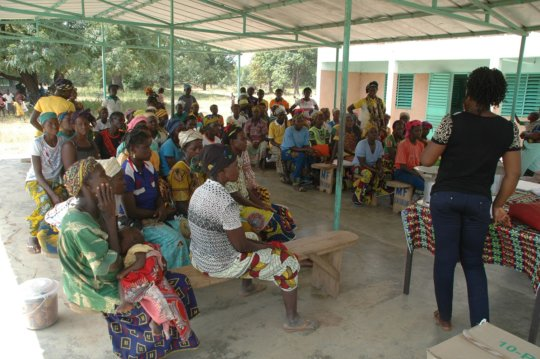 Meeting with women in the village of Sokourani