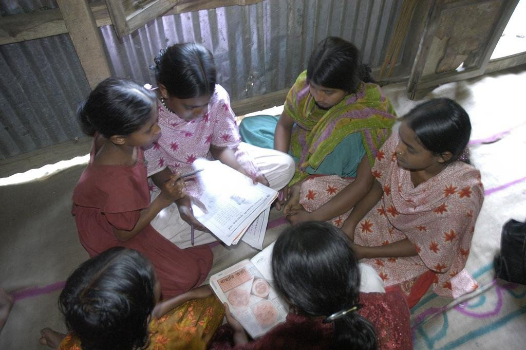 Safe Spaces & Loans for 2,000 Girls in Bangladesh