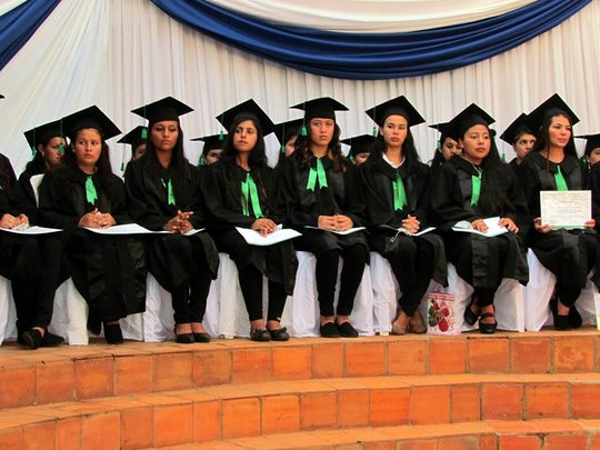 35 girls graduated in the Mbaracayu Forest Reserve