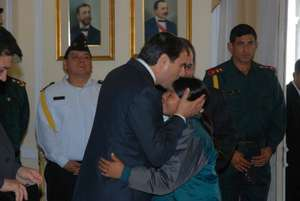 Claudia Krinagi greeting the President of Paraguay