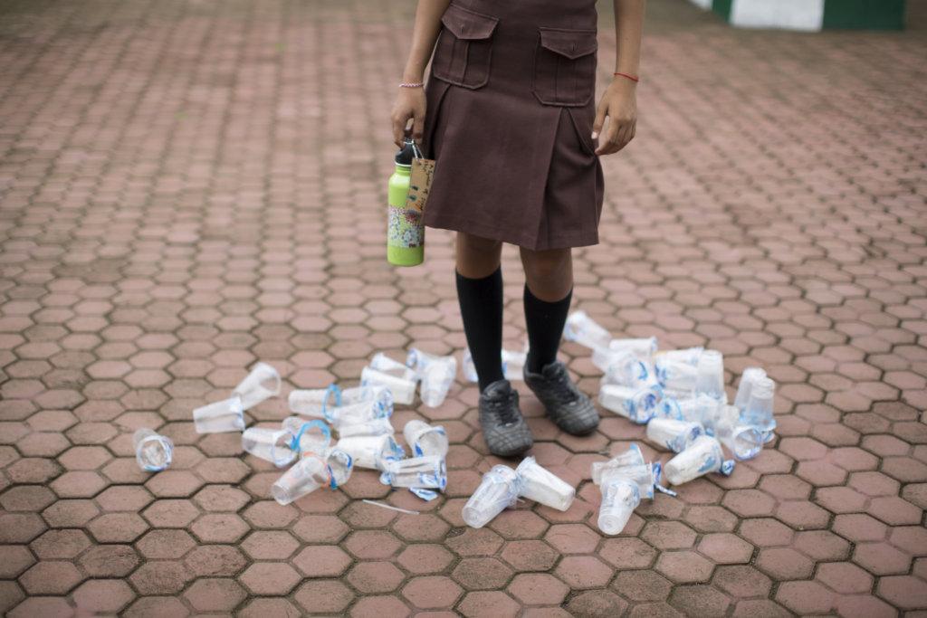 Help Make an Island Plastic Free
