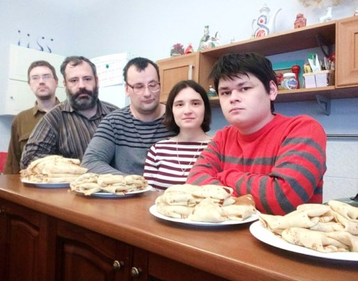 Celebration of the Shrovetide: cook pancakes
