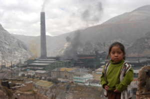 Isabel in front of the smelter in 2008. / G. Koren