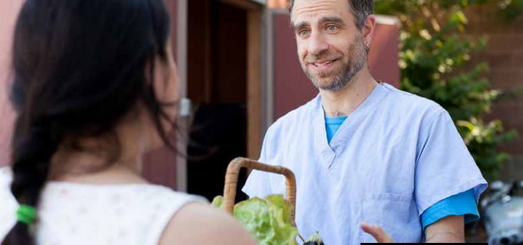 Health providers help patients w/ food insecurity