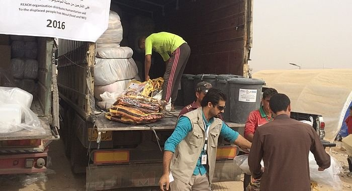 Food and camp-equipment for 30 families in Irak