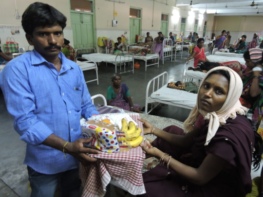 empowering women patient by donating foodnutrition