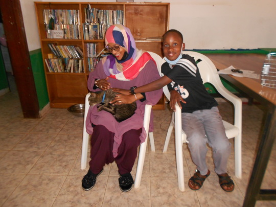 Sameem & her son adopted this kitty