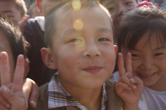 BRING CLEAN WATER TO CHILDREN'S HOSPITALS IN CHINA
