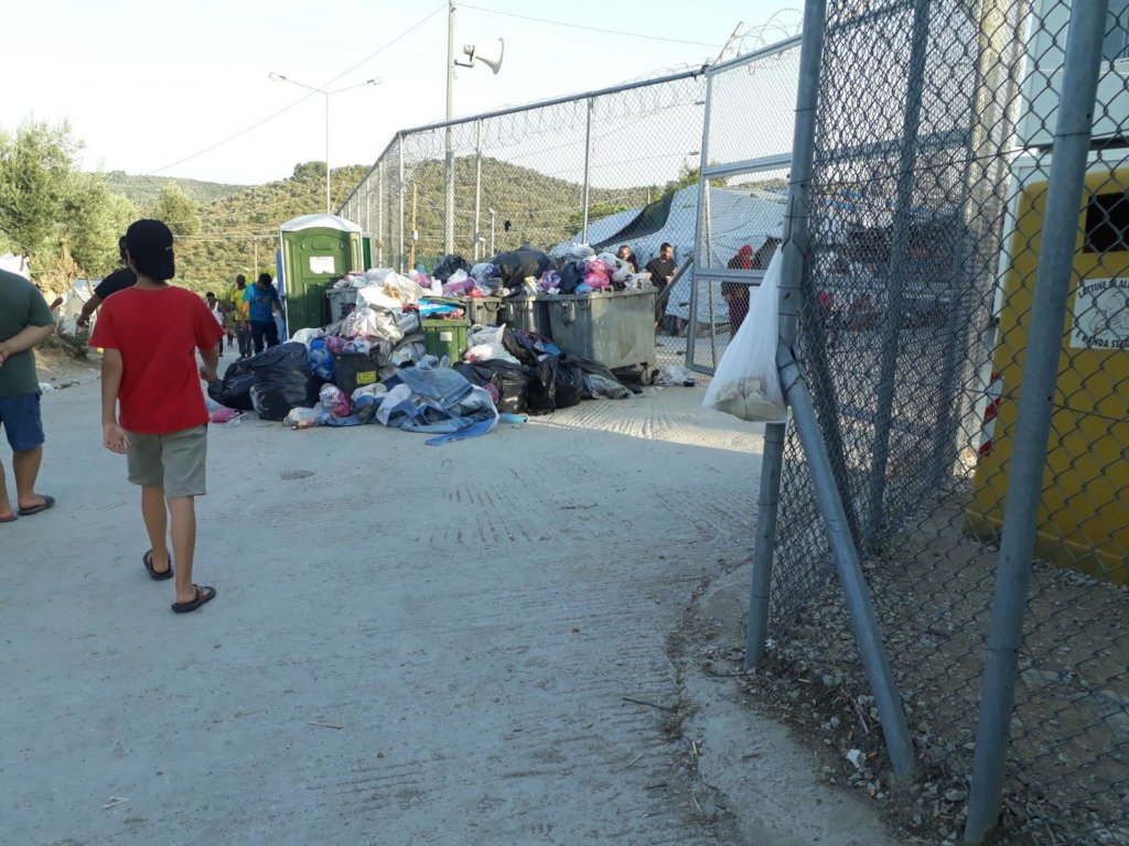 Overflowing rubbish bins in Moria on Lesvos