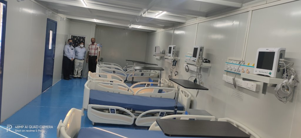 ICU beds inside containerized portable ACUs