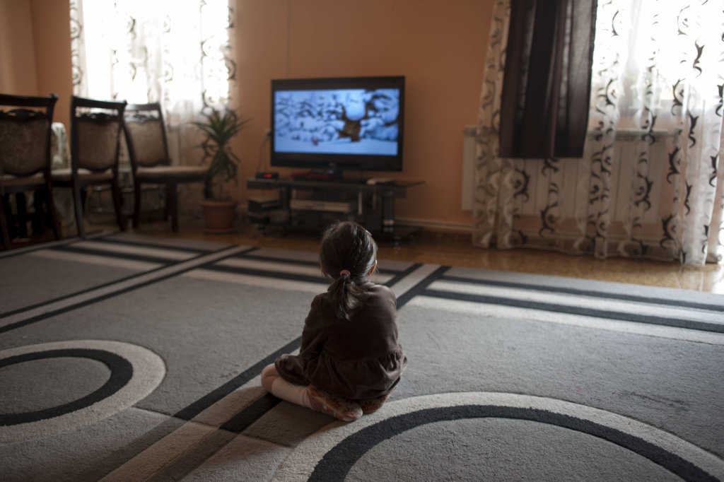 Support Women & Children in Armenia Fleeing Abuse