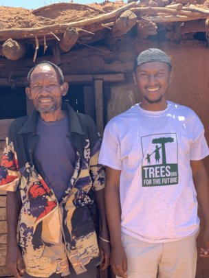 TREES' farmer meets Ibrahima, one of our staff