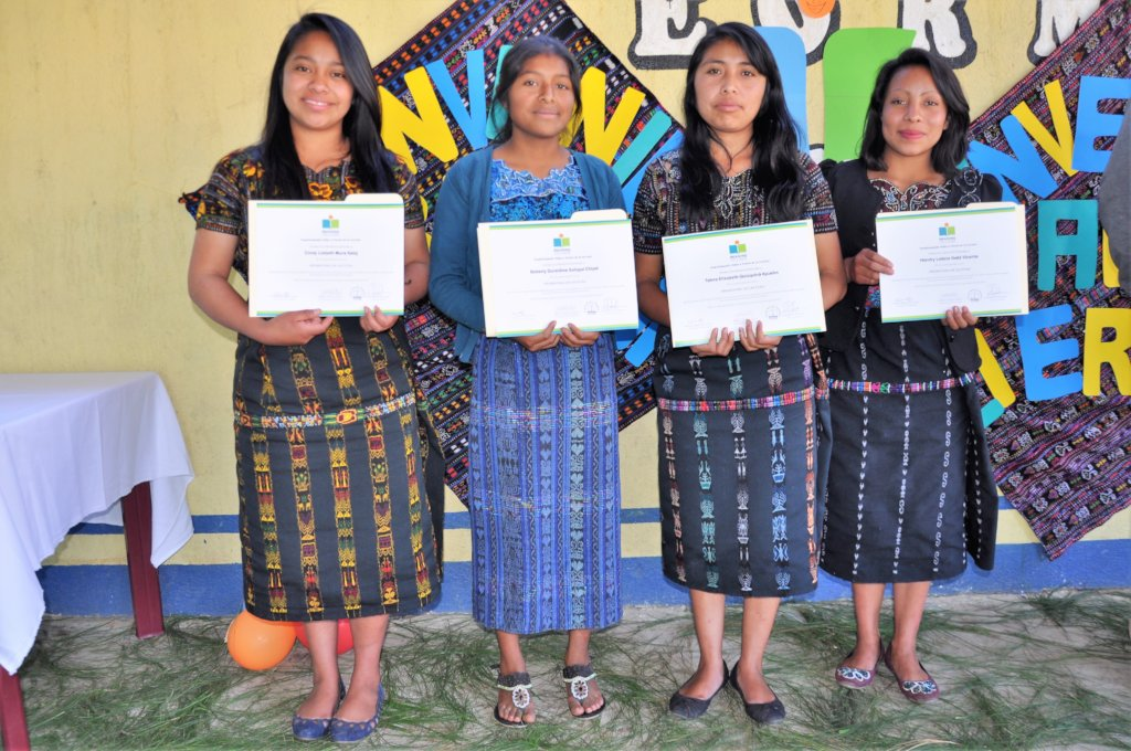 The four graduates from Chuiquel