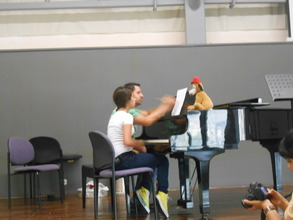 Loay teaching Miral at Beit Almusica