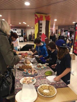 Former volunteers fundraising in Amsterdam