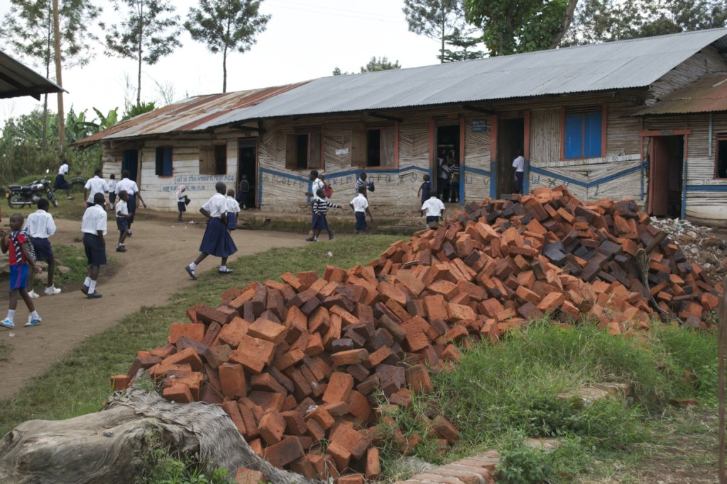 Support Sky Is The Limit school in Uganda