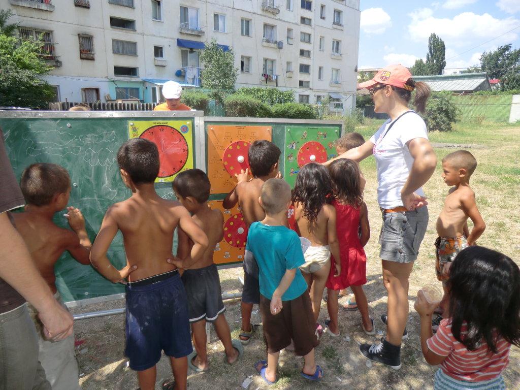 Mobile School - Education for Children in Iasi
