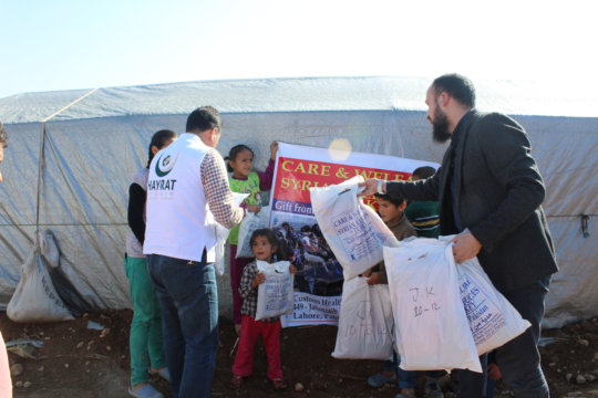 Relief from Pakistan distributed among Syrian