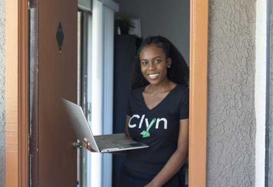 """Diana founded business and app """"Clyn"""""""