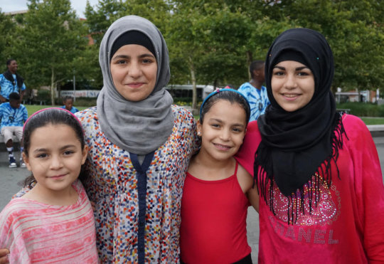Help Refugees at Risk in the U.S.