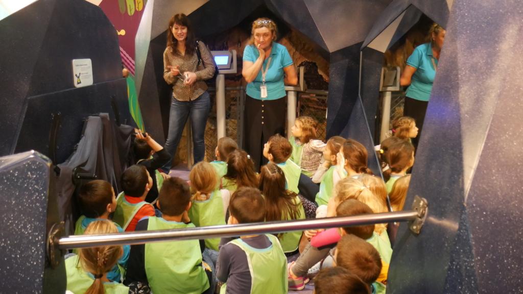 Kids from Vratsa learning about the bats