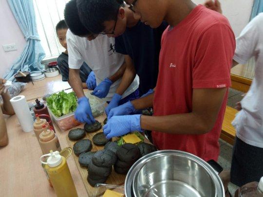 Making Hamburger