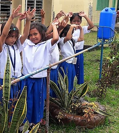Simple water system for hand wash hygiene